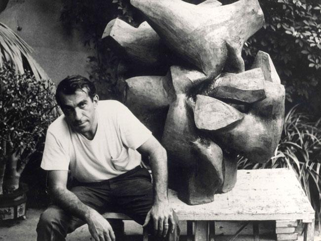 peter-voulkos_pasadena-museum-of-art_1958-henry_takemoto-copy